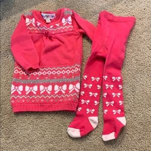Never worn girls sweater 3-6 month with tights
